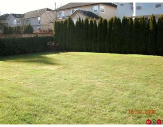 """Photo 10: 7341 146A Street in Surrey: East Newton House for sale in """"CHIMNEY HEIGHTS"""" : MLS®# F2804235"""