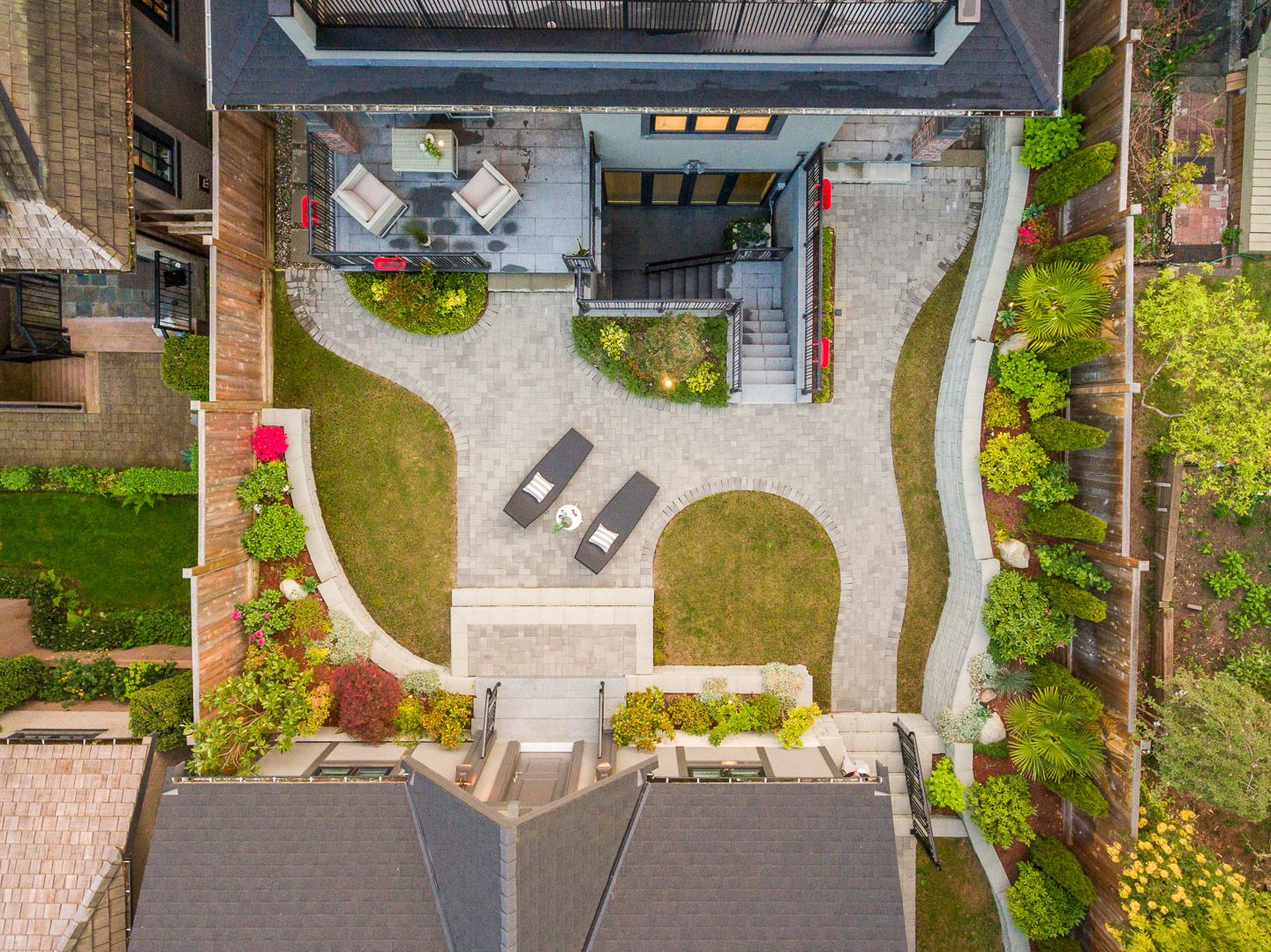 Photo 2: Photos: 5756 ALMA STREET in VANCOUVER: Southlands House for sale (Vancouver West)  : MLS®# R2588229
