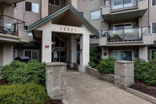 """Photo 2: 410 45520 KNIGHT Road in Chilliwack: Sardis West Vedder Rd Condo for sale in """"MORNINGSIDE"""" (Sardis)  : MLS®# R2488394"""