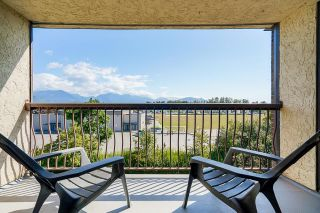 """Photo 1: 1316 45650 MCINTOSH Drive in Chilliwack: Chilliwack W Young-Well Condo for sale in """"Phoenixdale"""" : MLS®# R2604015"""