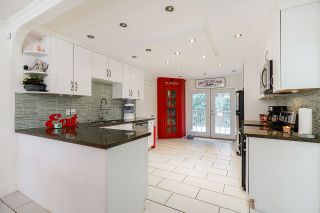 """Photo 5: 20068 41A Avenue in Langley: Brookswood Langley House for sale in """"Brookswood"""" : MLS®# R2558528"""