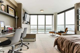 """Photo 24: 1902 1228 MARINASIDE Crescent in Vancouver: Yaletown Condo for sale in """"Crestmark II"""" (Vancouver West)  : MLS®# R2582919"""