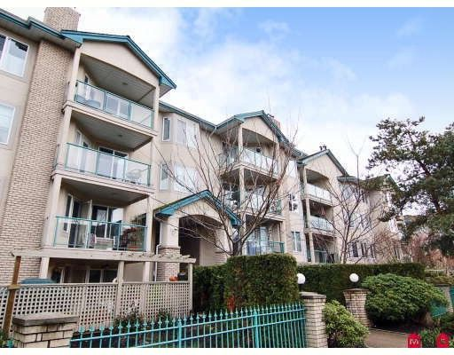 """Main Photo: 305 20433 53RD Avenue in Langley: Langley City Condo for sale in """"COUNTRYSIDE ESTATES"""" : MLS®# F2806828"""