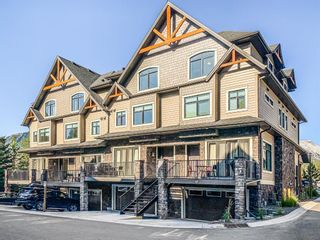 Photo 1: 11 108 Montane Road: Canmore Row/Townhouse for sale : MLS®# A1142478