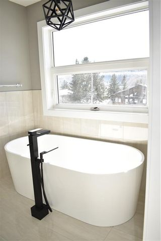 Photo 24: 4603 20 Avenue NW in Calgary: Montgomery Semi Detached for sale : MLS®# C4300227