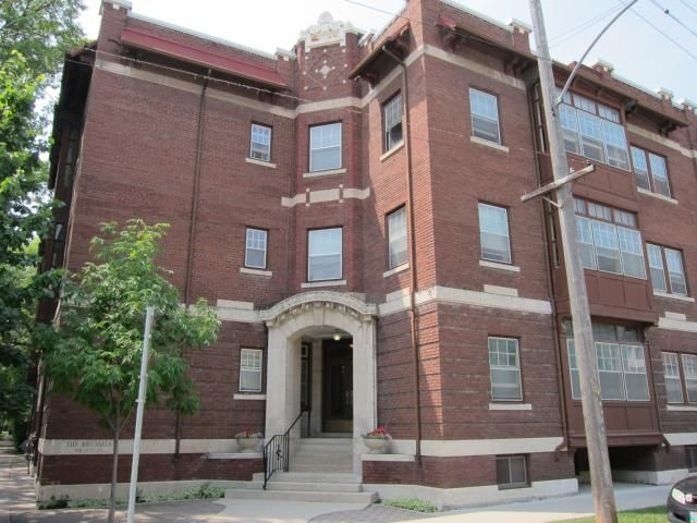 Main Photo: 156 Lilac Street in WINNIPEG: Fort Rouge / Crescentwood / Riverview Condominium for sale (South Winnipeg)  : MLS®# 1214940