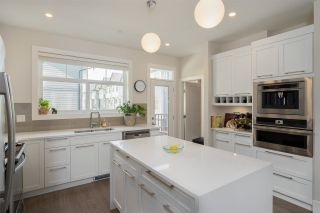 """Photo 7: 44 7665 209 Street in Langley: Willoughby Heights Townhouse for sale in """"ARCHSTONE YORKSON"""" : MLS®# R2288396"""