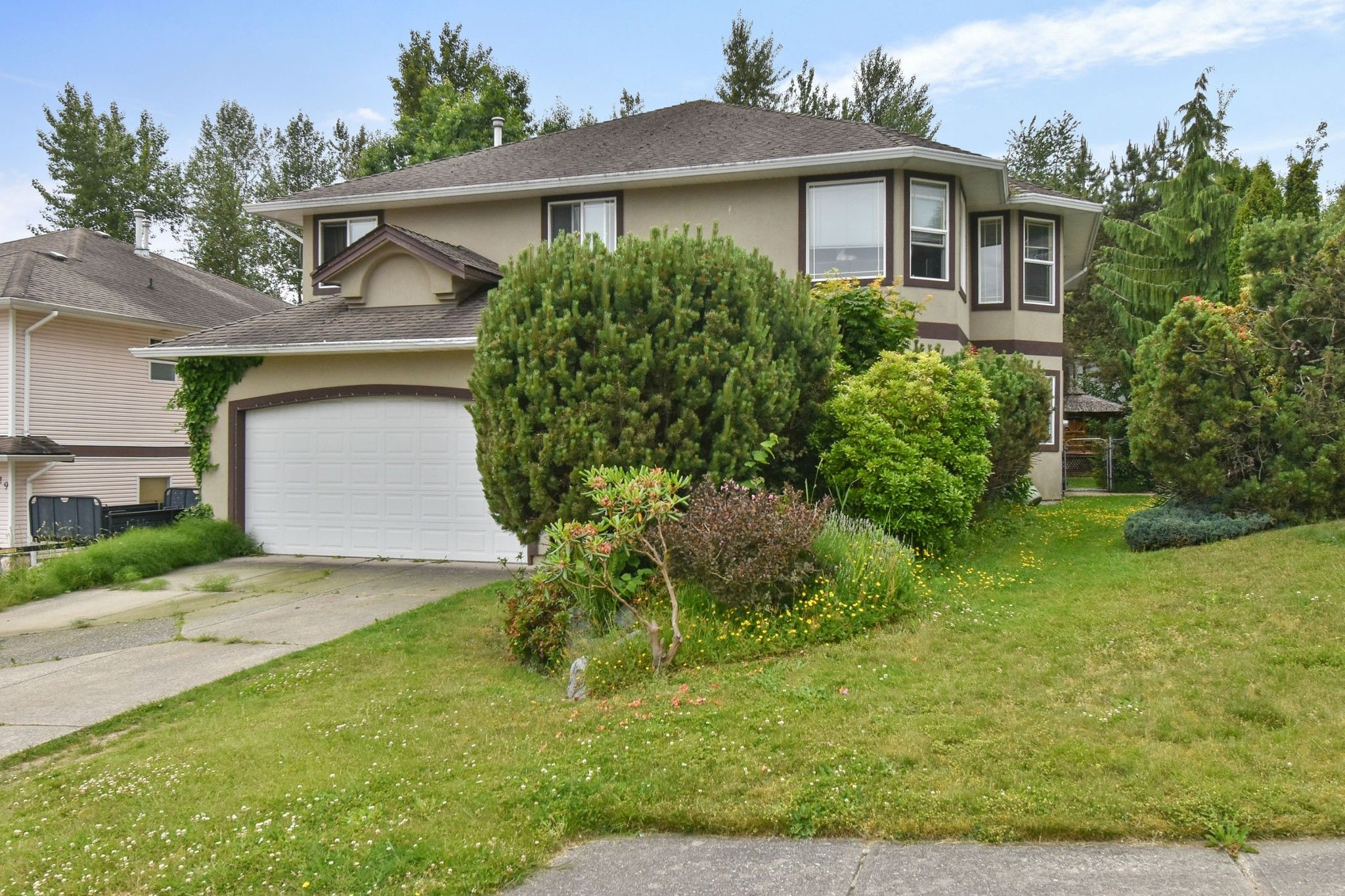 Main Photo: 7833 TAVERNIER Terrace in Mission: Mission BC House for sale : MLS®# R2594330
