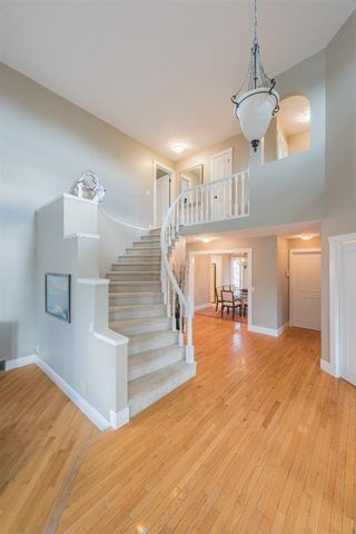 Photo 4: 47 Edgeview Heights NW in Calgary: Edgemont Detached for sale : MLS®# A1099401