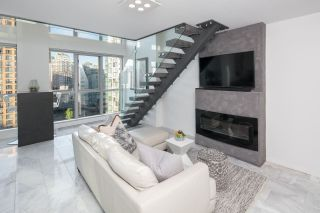 """Photo 5: 1206 1238 RICHARDS Street in Vancouver: Yaletown Condo for sale in """"METROPOLIS"""" (Vancouver West)  : MLS®# R2187337"""