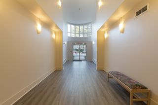 """Photo 3: 205 2428 W 1ST Avenue in Vancouver: Kitsilano Condo for sale in """"NOBLE HOUSE"""" (Vancouver West)  : MLS®# R2450860"""