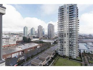 Photo 11: : Burnaby Condo for rent : MLS®# AR103