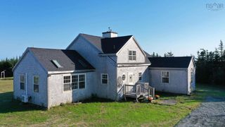 Main Photo: 20 Boosit Lane in Clam Bay: 35-Halifax County East Residential for sale (Halifax-Dartmouth)  : MLS®# 202124474