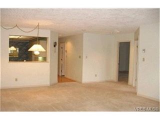 Photo 6: SIDNEY REAL ESTATE = SIDNEY CONDO SOLD With Ann Watley. Call (250) 656-0131