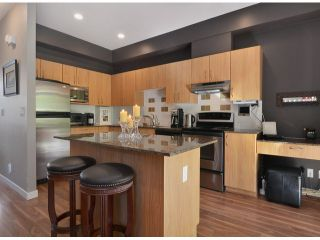 """Photo 3: 13 16772 61ST Avenue in Surrey: Cloverdale BC Townhouse for sale in """"Laredo"""" (Cloverdale)  : MLS®# F1322525"""
