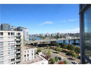 "Photo 12: 1003 1033 MARINASIDE Crescent in Vancouver: Yaletown Condo for sale in ""Quaywest"" (Vancouver West)  : MLS®# V1143439"