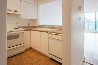 """Photo 4: 2002 3071 GLEN Drive in Coquitlam: North Coquitlam Condo for sale in """"PARC LAURANT"""" : MLS®# R2276990"""