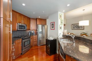 Photo 12: 701 11933 JASPER Avenue in Edmonton: Zone 12 Condo for sale : MLS®# E4246820