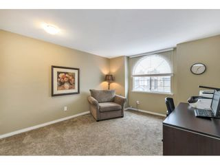 """Photo 31: 118 6109 W BOUNDARY Drive in Surrey: Panorama Ridge Townhouse for sale in """"LAKEWOOD GARDENS"""" : MLS®# R2625696"""