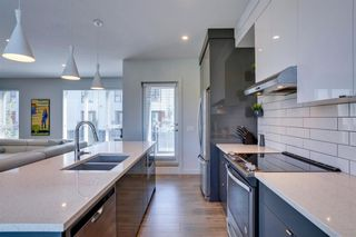 Photo 10: 205 Bow Grove NW in Calgary: Bowness Row/Townhouse for sale : MLS®# A1138305