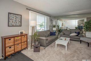 Photo 3: 123 Deborah Crescent in Saskatoon: Nutana Park Residential for sale : MLS®# SK860480