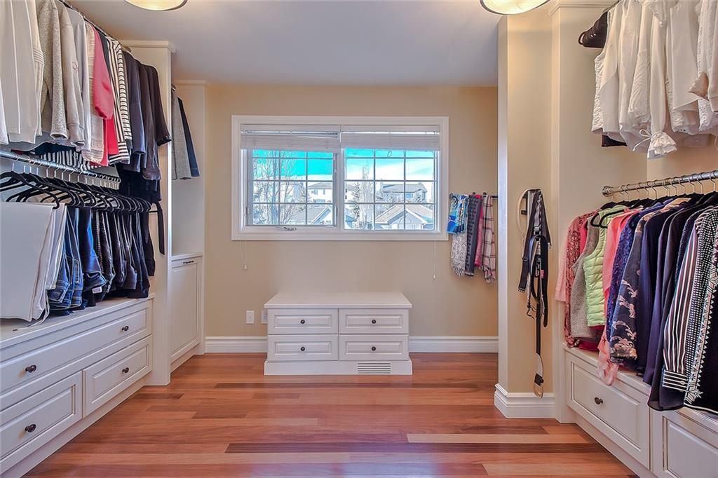 Photo 30: Photos: 153 SIGNATURE Close SW in Calgary: Signal Hill Detached for sale : MLS®# C4283177