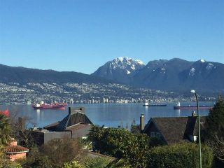 """Photo 14: 4541 W 3RD Avenue in Vancouver: Point Grey House for sale in """"NORTH OF 4TH WEST POINT GREY"""" (Vancouver West)  : MLS®# R2352886"""