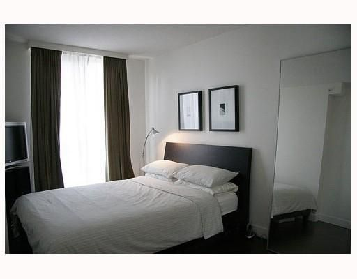 Photo 4: Photos: # 504 1188 HOWE ST in Vancouver: Condo for sale : MLS®# V775310