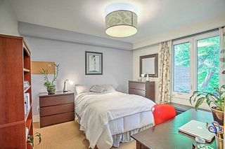 Photo 16: 59 Riverwood Parkway in Toronto: Stonegate-Queensway House (Bungalow) for sale (Toronto W07)  : MLS®# W4491035