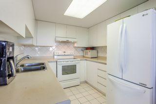 """Photo 5: 905 10082 148 Street in Surrey: Guildford Condo for sale in """"Stanley"""" (North Surrey)  : MLS®# R2380833"""