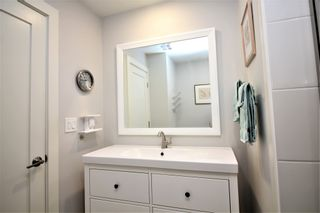 Photo 13: CARLSBAD WEST Mobile Home for sale : 2 bedrooms : 7219 San Luis St. #174 in Carlsbad