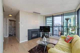 """Photo 8: 2109 501 PACIFIC Street in Vancouver: Downtown VW Condo for sale in """"THE 501"""" (Vancouver West)  : MLS®# R2492632"""