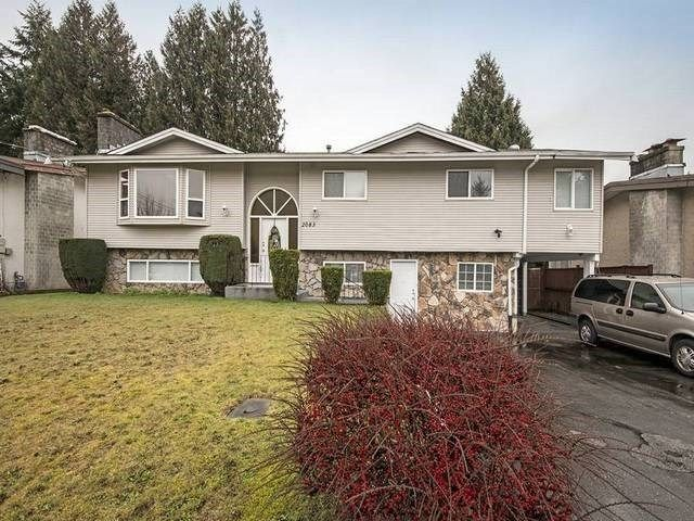 Main Photo: 2083 MAJESTIC Crescent in Abbotsford: Abbotsford West House for sale : MLS®# R2553255
