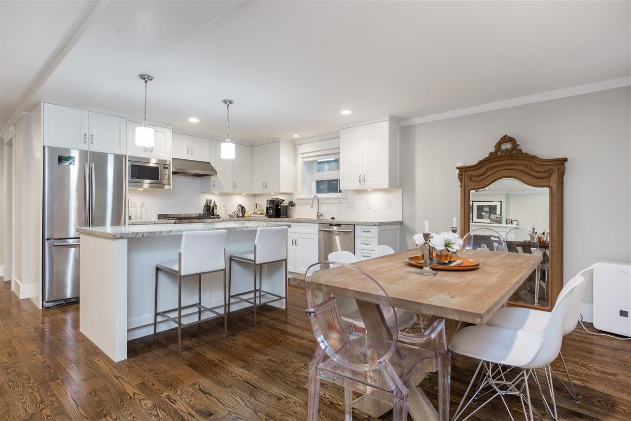 Main Photo: 2311 BALSAM Street in Vancouver: Kitsilano Townhouse for sale (Vancouver West)  : MLS®# R2349813