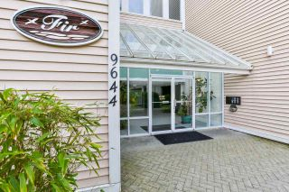 """Photo 2: 102 9644 134 Street in Surrey: Whalley Condo for sale in """"Parkwoods - Fir"""" (North Surrey)  : MLS®# R2270857"""
