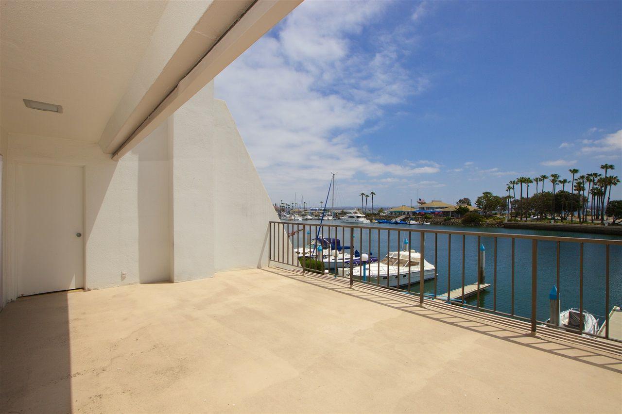 Photo 16: Photos: CORONADO CAYS Condo for sale : 3 bedrooms : 8 Antigua Court in Coronado