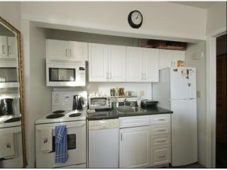 Photo 10: 15054 ROYAL Avenue: White Rock House for sale (South Surrey White Rock)  : MLS®# F1401844