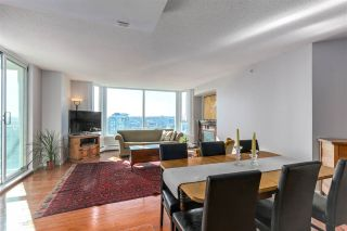 """Photo 7: 2205 388 DRAKE Street in Vancouver: Yaletown Condo for sale in """"GOVERNOR'S TOWNER"""" (Vancouver West)  : MLS®# R2276947"""