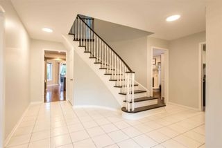 Photo 3: 41 Chipperfield Crescent in Whitby: Pringle Creek House (2-Storey) for sale : MLS®# E5400077