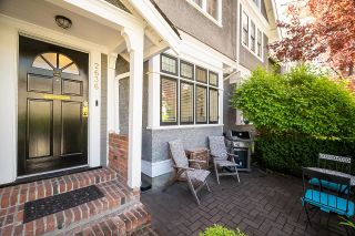 Photo 2: 2636 HEMLOCK Street in Vancouver: Fairview VW Townhouse for sale (Vancouver West)  : MLS®# R2597799