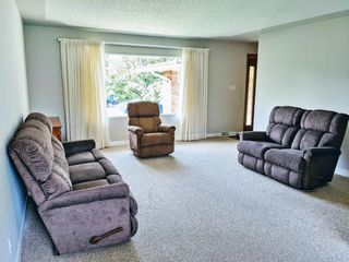 Photo 4: 107 Bennett Crescent NW in Calgary: Brentwood Detached for sale : MLS®# A1140766