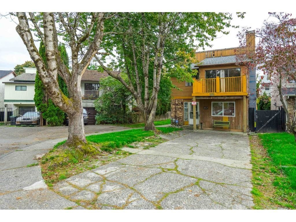 """Main Photo: 262 DAVIS Crescent in Langley: Aldergrove Langley House for sale in """"Springfield"""" : MLS®# R2624620"""