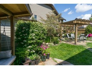 """Photo 19: 5915 164TH Street in Surrey: Cloverdale BC House for sale in """"WEST CLOVERDALE"""" (Cloverdale)  : MLS®# F1439520"""