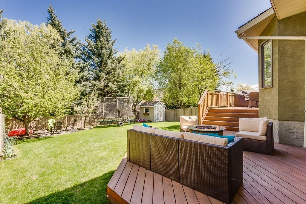 Photo 37: Photos: 115 SIERRA MORENA Circle SW in Calgary: Signal Hill Detached for sale : MLS®# C4299539