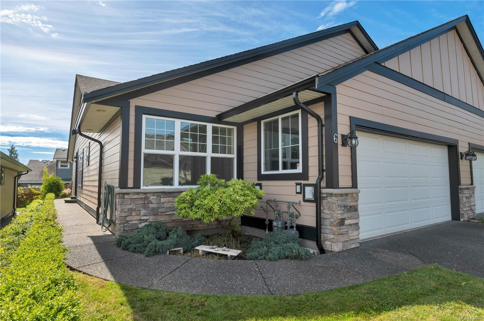 Main Photo: 6 611 Hilchey Rd in : CR Willow Point Row/Townhouse for sale (Campbell River)  : MLS®# 879247