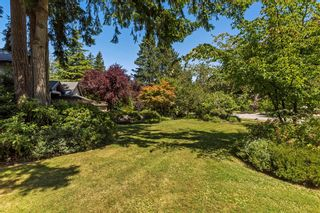 """Photo 5: 2683 NORTHCREST Drive in Surrey: Sunnyside Park Surrey House for sale in """"Woodshire Park"""" (South Surrey White Rock)  : MLS®# R2185453"""