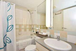 """Photo 15: 402 501 PACIFIC Street in Vancouver: Downtown VW Condo for sale in """"THE 501"""" (Vancouver West)  : MLS®# R2212611"""