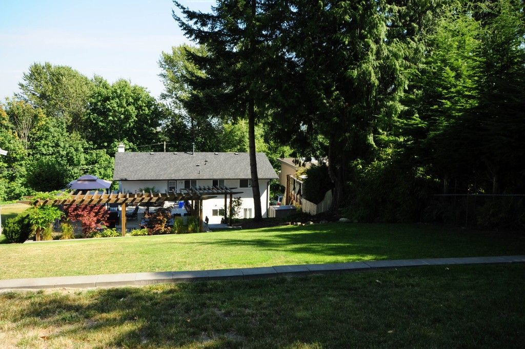 Photo 21: Photos: 2994 PASTURE Circle in Coquitlam: Ranch Park House for sale : MLS®# V1108393
