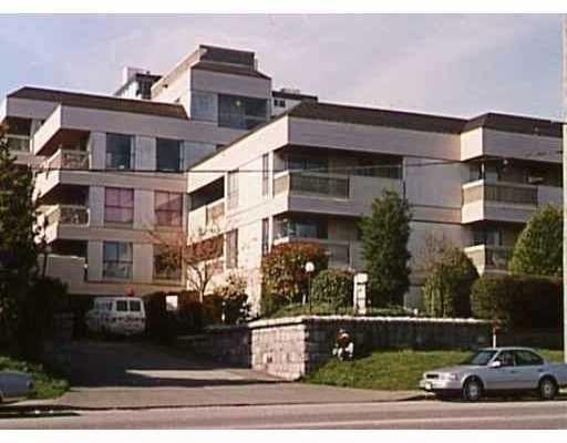 "Main Photo: 715 ROYAL Ave in New Westminster: Uptown NW Condo for sale in ""VISTA ROYAL"" : MLS®# V627809"
