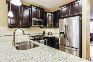"""Photo 2: 75 8068 207 Street in Langley: Willoughby Heights Townhouse for sale in """"Yorkson Creek South"""" : MLS®# R2218677"""